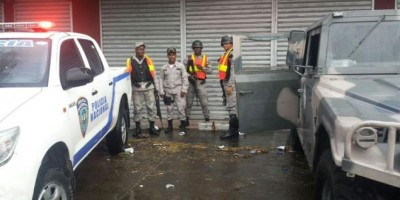 La Policía investigación caída de un hombre del cuarto nivel de Ágora Mall
