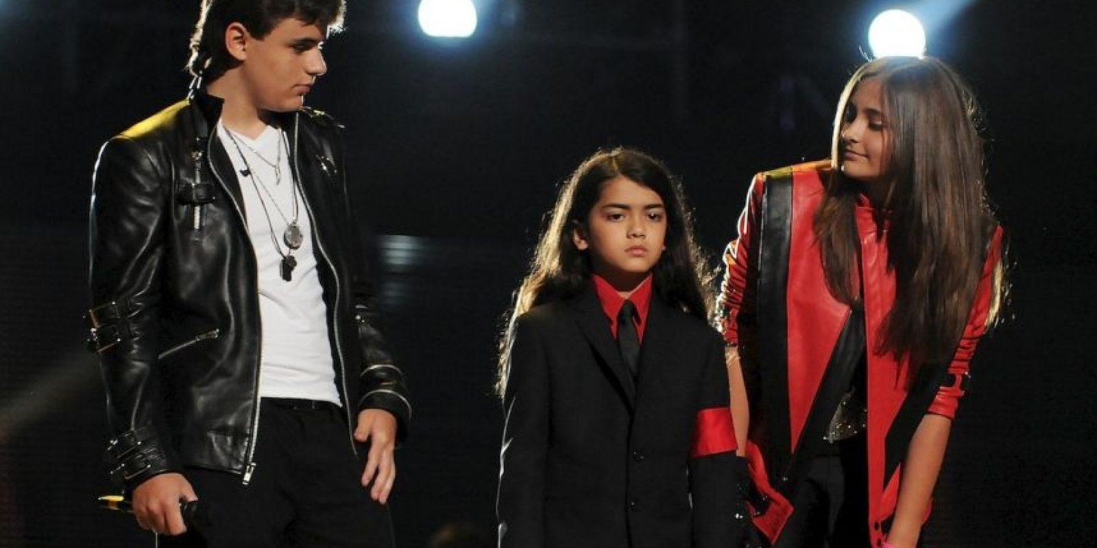 Entonces, Michael Jackson murió, dejando devastados a sus tres pequeños, Paris Jackson, Prince Jackson y Blanket Jackson II. Foto:Getty Images