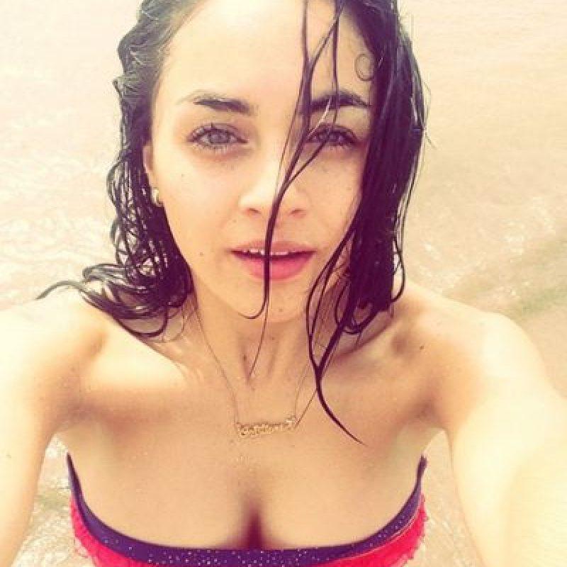 Con 23 años, Cristiane se desempeña como actriz de telenovelas. Foto:Vía instagram.com/crisaguinaga
