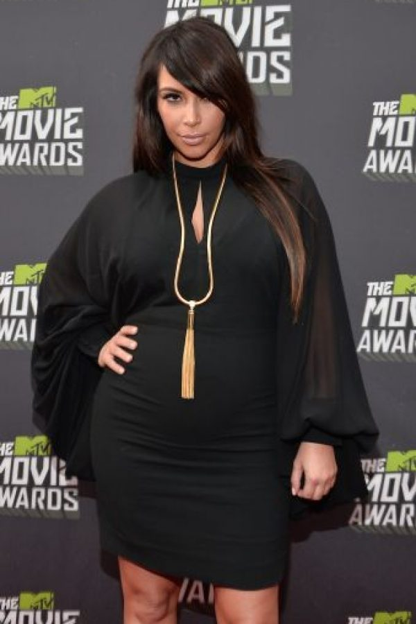 Kim Kardashian lució este vestido negro durante la premiación MTV Movie Awards de 2013 Foto: Getty Images