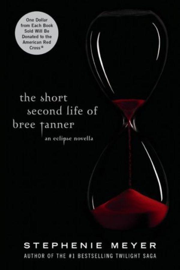 """Además, la autora también publicó el libro """"La segunda vida de Bree Tanner"""". Foto:pinterest"""