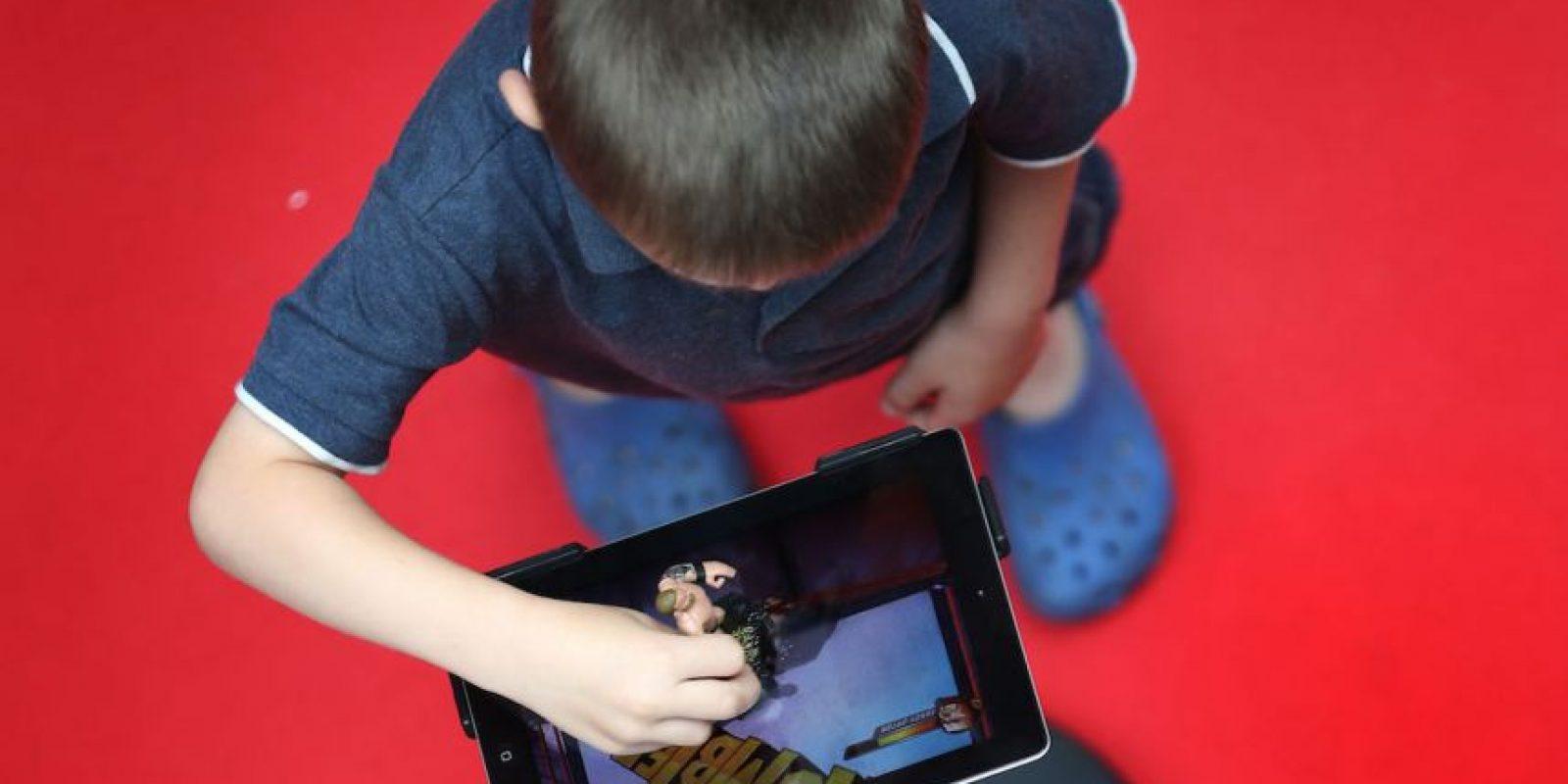 13- Descargas. Enséñenles sitios que conozcan donde puedan descarga música, juegos y videos de forma segura. Foto:Getty Images