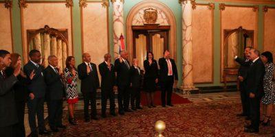 El presidente Medina juramentó al Consejo de Regentes de la Universidad UTECO