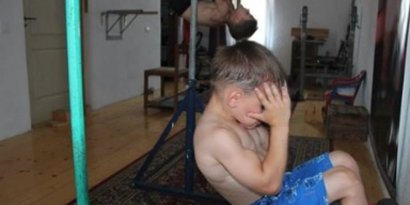Estos hermanos levantan pesas a diario durante horas. Foto:Vía Facebook.com/Giuliano-Stroe