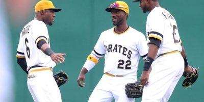 Piratas y Cachorros se juegan la temporada en una batalla