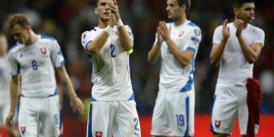 Un triunfo los mete en la fase final de la Eurocopa, y aún pueden aspirar a ser el primer lugar del grupo C. Foto:AFP