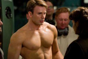 """Y sin el uniforme es conocido simplemente como el soldado """"Steve Rogers"""" Foto:vía facebook.com/CaptainAmerica"""