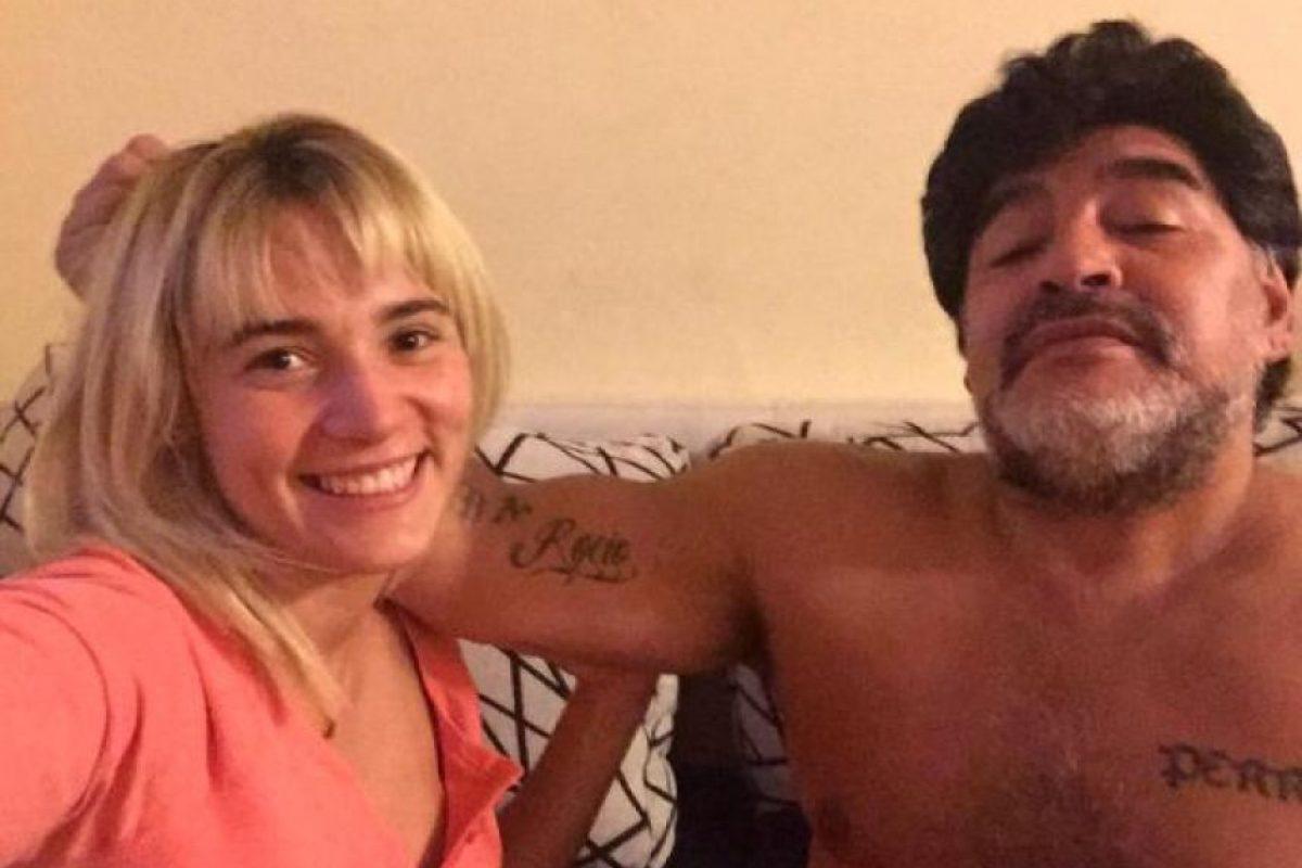 Actualmente, vive con él en Dubai, aunque en Argentina aseguran que él la corrió y ella volvió a Buenos Aires. Foto:Vía twitter.com/rogeraldineoliv