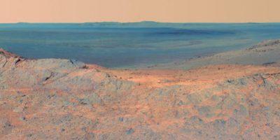 """Así como cráteres y distintas características en la superficie del """"Planeta rojo"""". Foto:nasa.gov"""