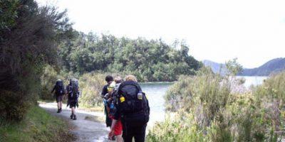 Se encuentra 60 km al noroeste de Wairoa y 80 km al suroeste de Gisborne. Foto:Vía flickr.com