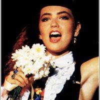 """Entre 1983 y 1984, participó como solista en el festival """"Juguemos a cantar"""". Foto:vía facebook.com/YoLeiaLaRevistaEres"""