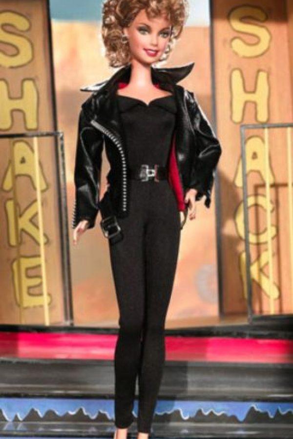 "Olivia Newton- John en ""Grease"" Foto:vía Mattel"