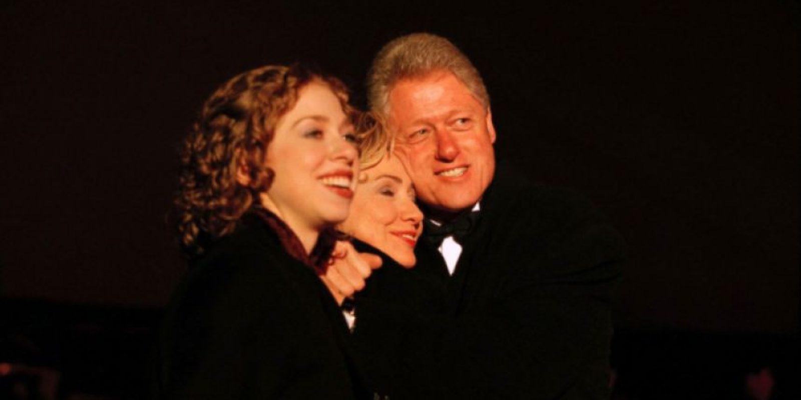 La familia completa celebrando la llegada del nuevo milenio, 1 de enero de 2000. Foto:Getty Images