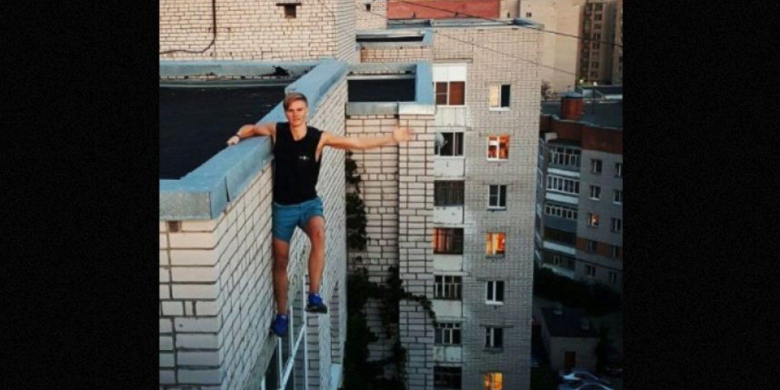 Andrey Retrovsky, de 17 años, murió al caer intentando una de sus selfies peligrosas Foto:Instagram.com/dresssik