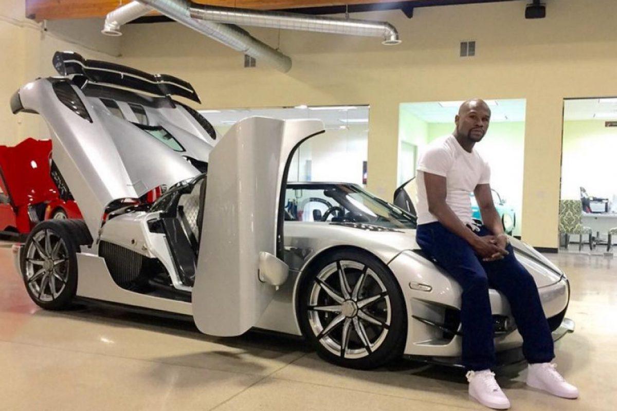 4) 2 millones de dólares, luego de que cuatro de sus automóviles se quemaran cuando eran transportados de Las Vegas a Miami. Foto:Vía instagram.com/floydmayweather
