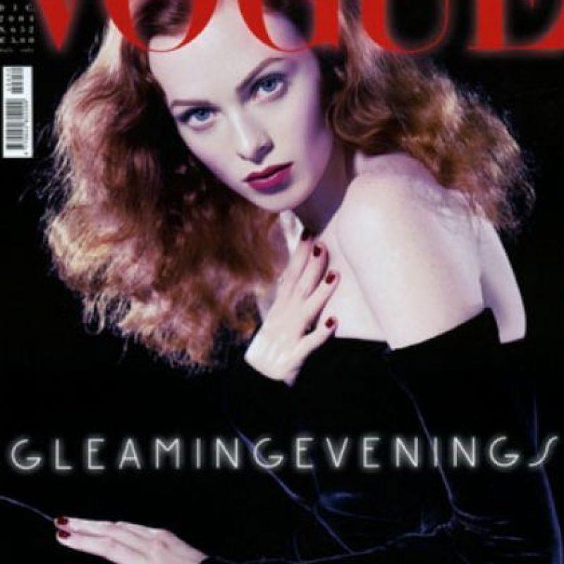 La modelo británica Karen Elson comenzó a modelar en 1997. Foto:vía Vogue