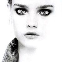 Sin embargo, a pesar de que ya no modela, es una de las modelos más ricas de la industria. Foto:vía Vogue