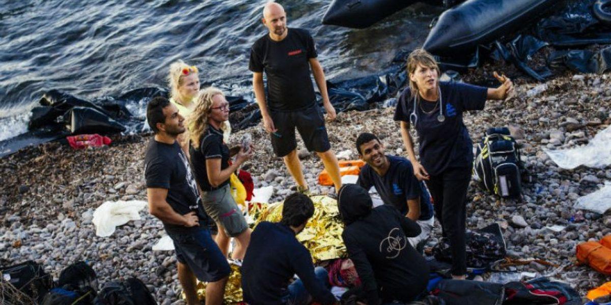 Nace un bebé justo al llegar a costas de Europa