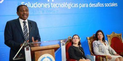 Vicepresidenta inicia concurso tecnológico para enfrentar desafíos sociales