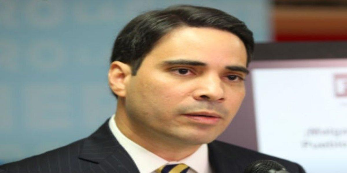 Senador puertorriqueño dice reestructurar pago de la deuda es