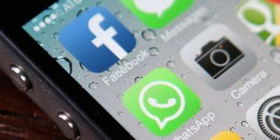 Mujer se suicida después de que le prohibieran usar WhatsApp y Facebook