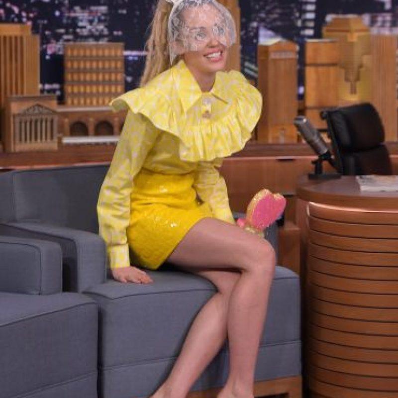 """Miley Cyrus dará un espectáculo junto al grupo The Flaming Lips donde todos estarán desnudos y lanzarán """"leche"""" al público. Foto:Getty Images"""