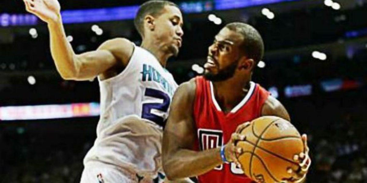 Los Hornets fusilan a los Clippers, en China, por 42 puntos