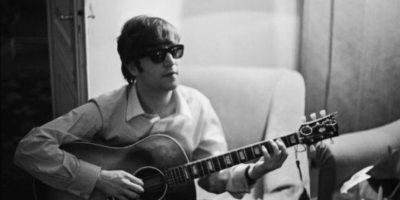 Ahora Yoko Ono afirma que ellos dos como pareja veían que la bisexualidad era algo natural. Foto:vía Getty Images