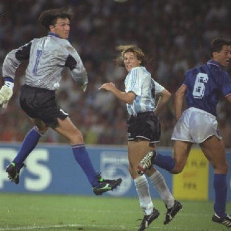 Su adicción salió al aire, luego de una prueba que le realizaron al finalizar el partido entre su equipo, Roma, y Nápoles. Foto:Getty