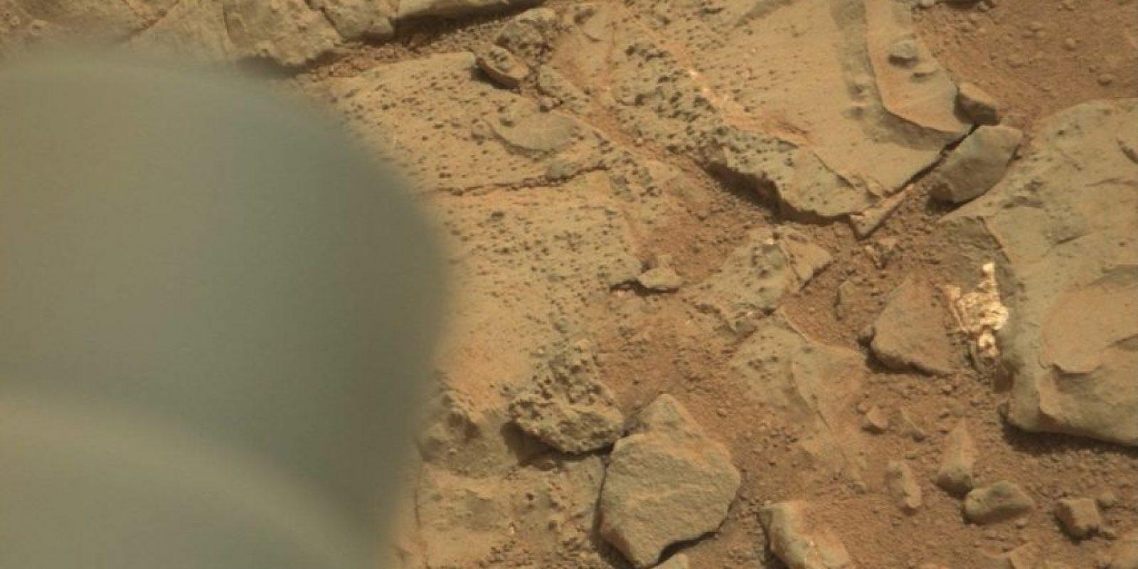 Esta es la imagen difundida por la NASA Foto:original en http://mars.jpl.nasa.gov/msl-raw-images/msss/00153/mcam/0153MR0008470180201260E01_DXXX.jpg