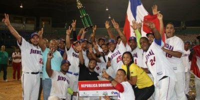 República Dominicana conquista de manera invicta la serie de Béisbol de Bolívar