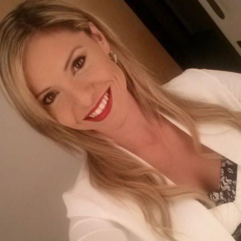 Luego del escándalo con Sergio Andrade, Karina Yapor se fue a Estados Unidos en donde comenzó nuevamente Foto:Vía facebook.com/KarinaYaporNews