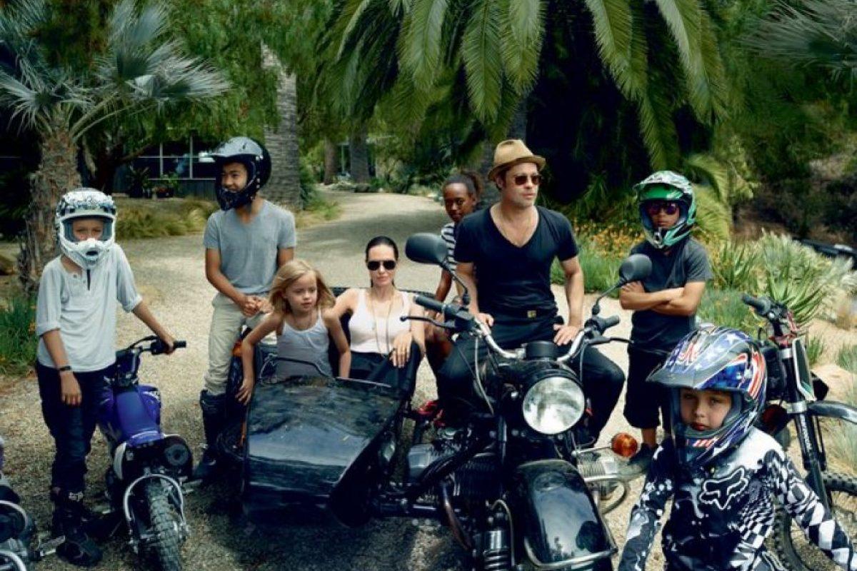Y finalmente toda la familia Pitt-Jolie. Foto:Vogue Magazine/Annie Leibovitz