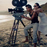 Jolie junto a su hijo mayor, Maddox. Foto:Vogue Magazine/Annie Leibovitz
