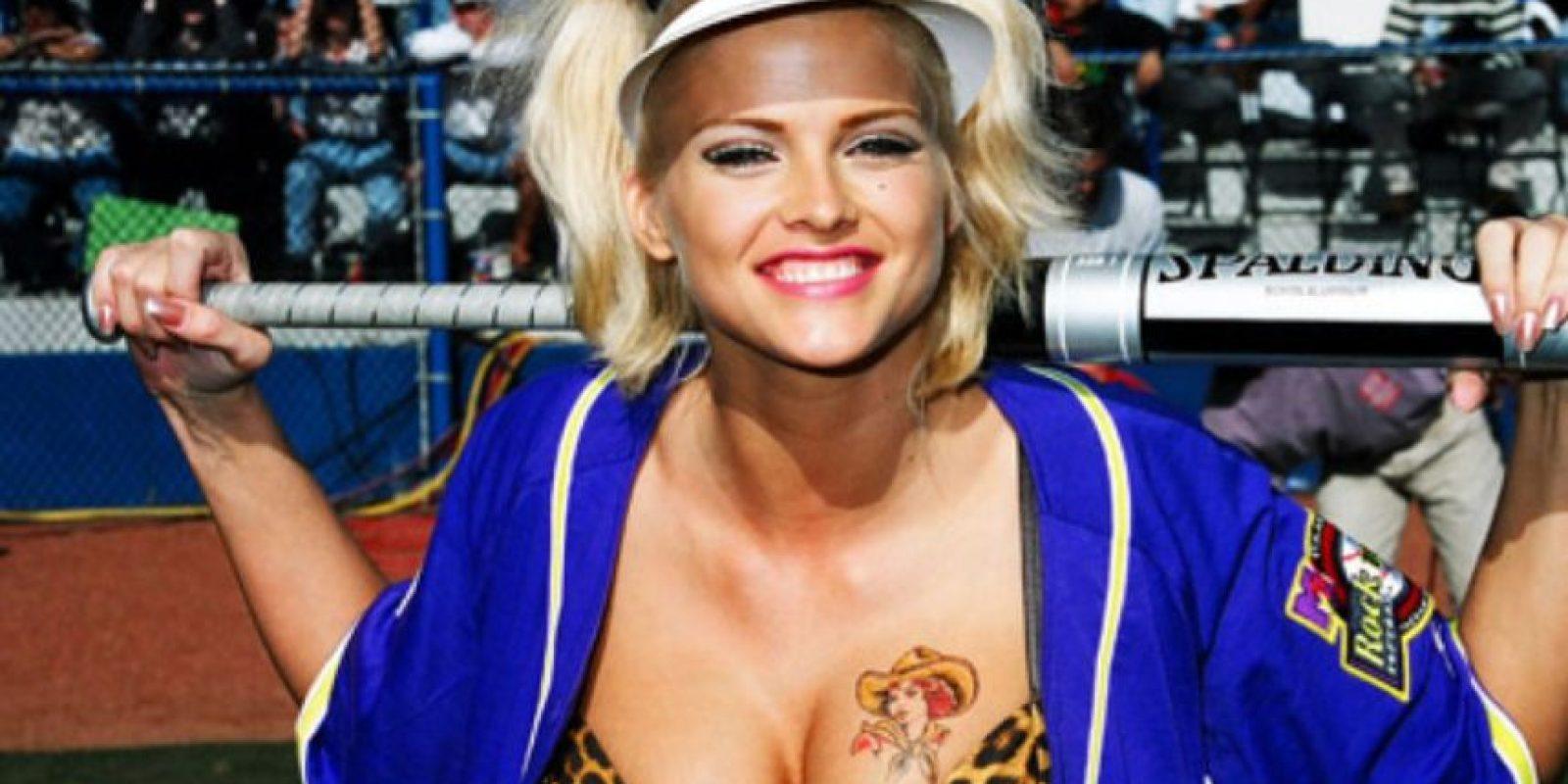 """El porno """"soft"""" era lo de Anna Nicole Smith, quien también fue conejita Playboy. Foto:vía Getty Images"""