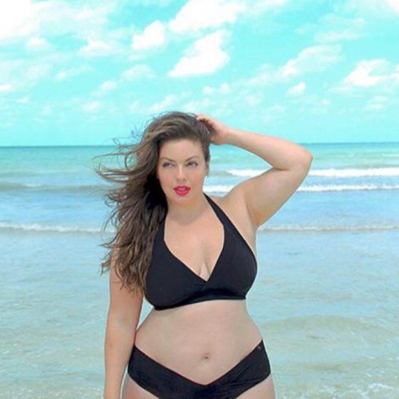 """Fluvia Lacerda es la """"Gisele Bundchen de talla grande"""". Modela desde 2003, tiene 2 hijos y es talla 48. Foto:vía Facebook"""