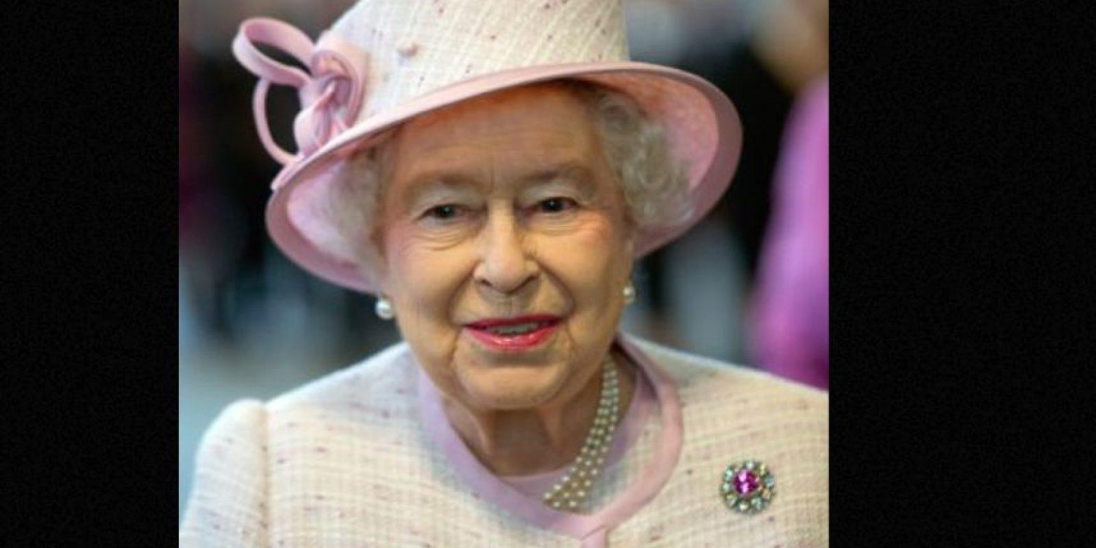 2. Durante su reinado ha recibido más de tres millones 500 mil mensajes por correspondencia. Foto:vía Getty Images
