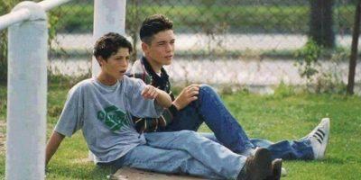 Cristiano (a la izquierda) junto a uno de sus amigos. Foto:vía Twitter.com