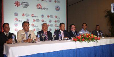 Importadores de vehículos usados piden intervención Medina por altos impuestos