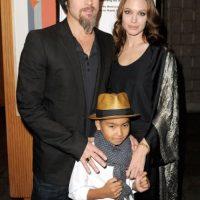 Pax en compañía de sus padres. Foto:Getty Images