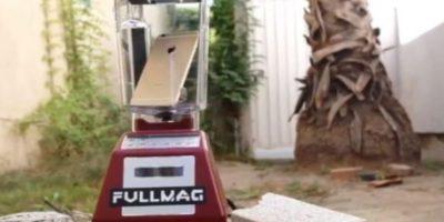 2- El dispositivo se abrió dentro de la licuadora. Foto:FullMag / YouTube