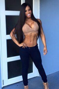 La puertorriqueña presume su figura en las redes sociales Foto:Vía instagram.com/yarishna