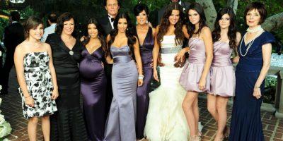 Todo ese tiempo, tanto Khloé como los integrantes de la familia Kardashian-Jenner estuvieron al pendiente del estado de salud de Lamar. Foto:Grosby Group