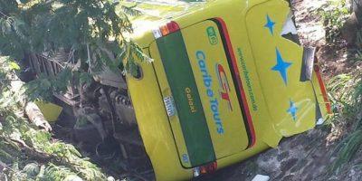 Fallas mecánicas habrían ocasionado deslizamiento de autobús en la autopista Duarte