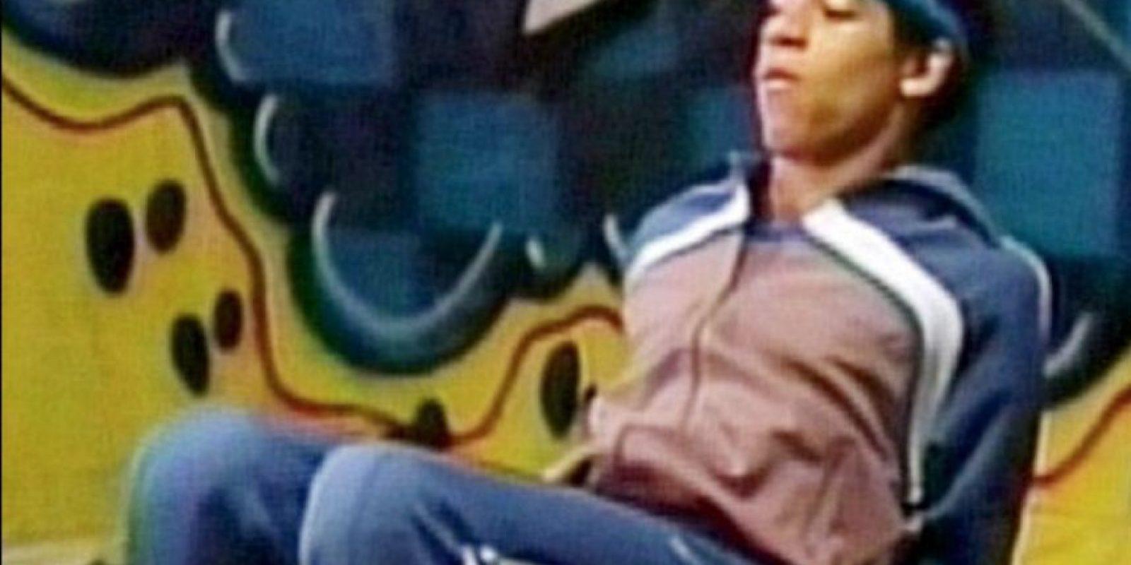 En sus años de adolescente era un bailarín delgado con una abundante cabellera. Foto:vía Youtube