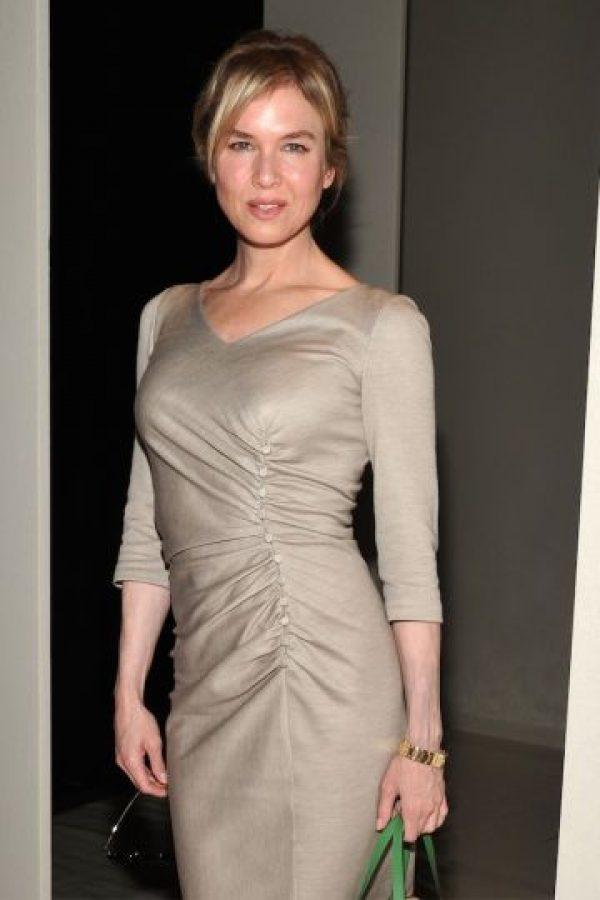 """Para darle vida a """"Bridget Jones"""", la actriz subió 10 kilos (22 libras). Foto:Getty Images"""