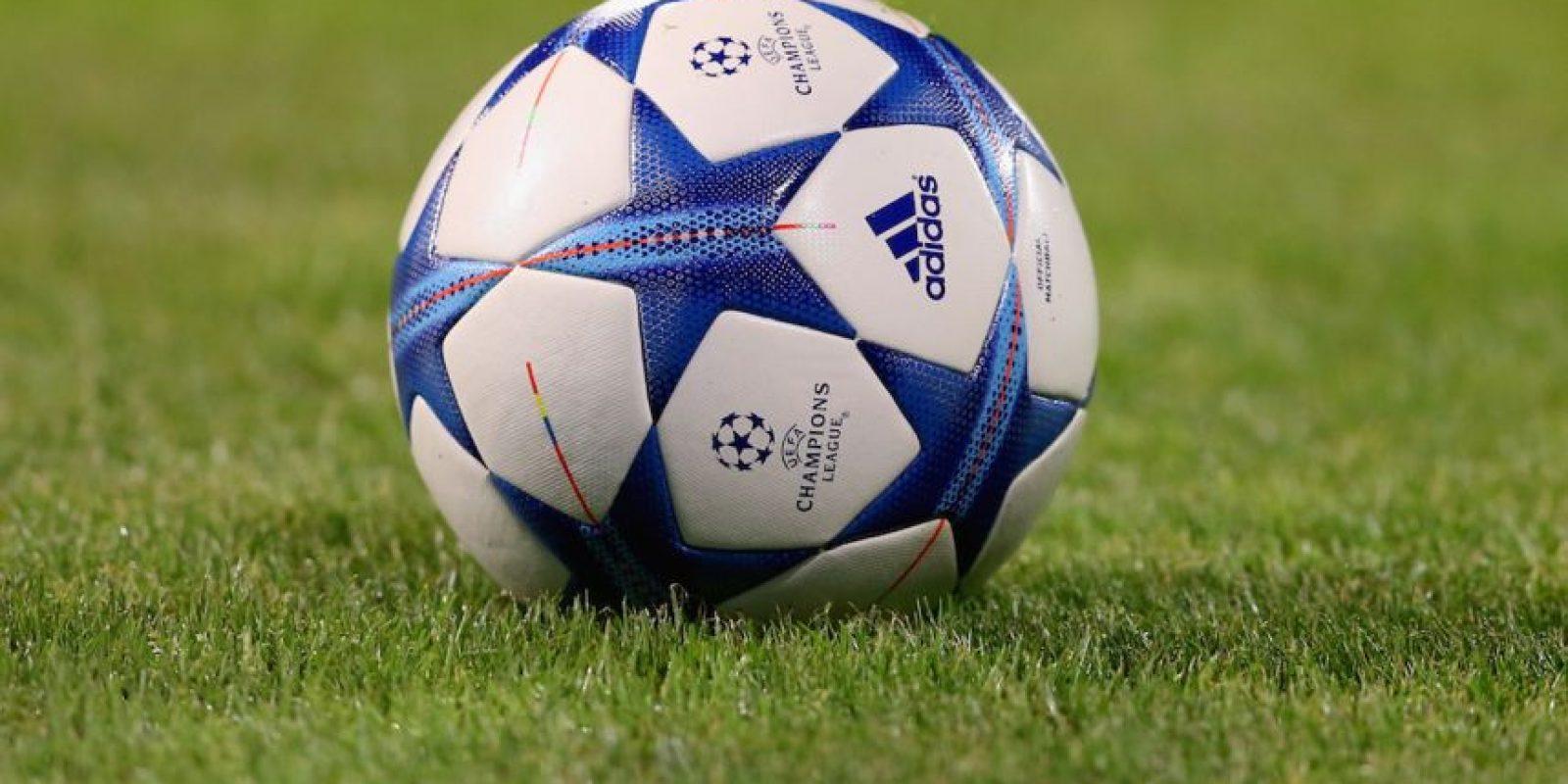 Rueda el balón en Emirates Stadium y Arsenal recibe a Bayern Munich en la fecha 3 de la Champions League. Foto:Getty Images