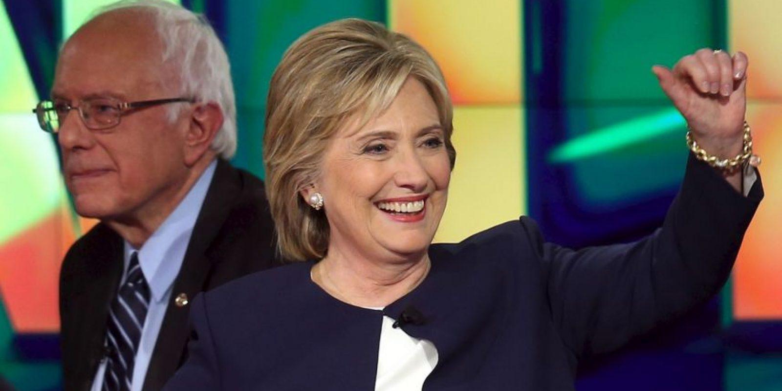 Por su parte, la precandidata Hillary Clinton detalló que se siente inspirada por la actitud de Biden. Foto:Getty Images