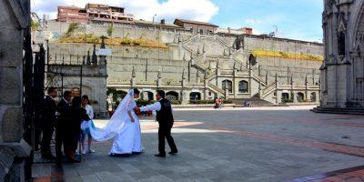 La Basílica del Voto Nacional, es una de las iglesias más impresionantes del país la cual algunas parejas de Quito eligen para casarse. Foto:Vía Flickr