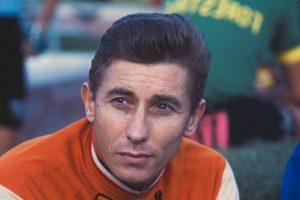 Fue el primer ciclista en ganar cinco veces el Tour de Francia. Murió en 1987 a consecuencia de un cáncer de estómago que se le diagnosticó cinco meses antes de su muerte. Foto:Getty Images